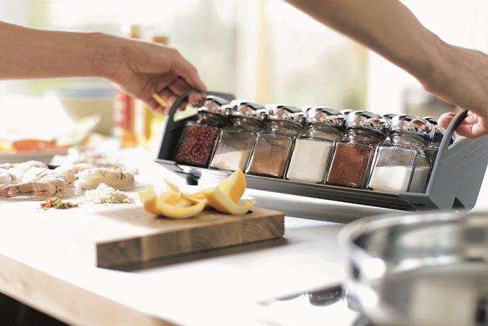 Organizery i stojaki na narzędzia kuchenne