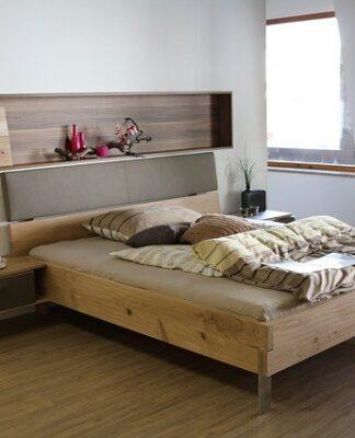 co wybrać do sypialni - panele czy wykładzine?